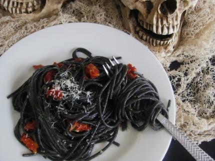 04. Black Spaghetti