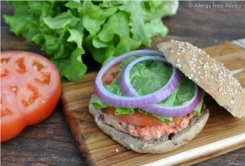 Slammin' Alaska Salmon Burgers with Garlic Dill Aioli